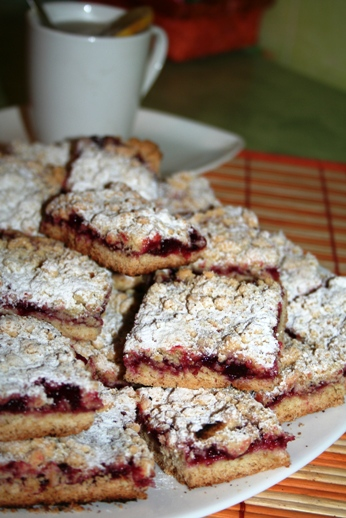 рецепт тертого пирога с клюквой и специями